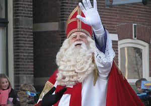 Intochten Sinterklaas in de Hoeksche Waard
