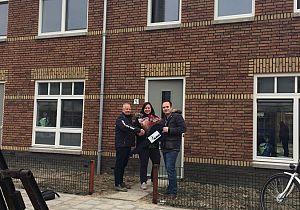 ABB Bouwgroep levert de eerste woning van nieuwbouwproject Het Raadhof op