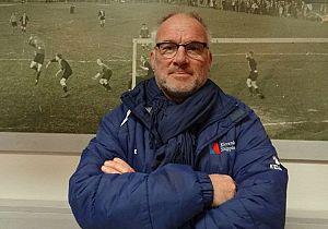 John van der Toorn nieuwe trainer van Piershil