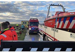 Auto raakt van de weg af, twee inzittenden omgekomen