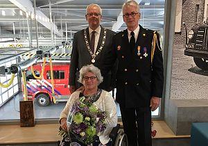 Koninklijke onderscheiding voor de heer Biem Mol uit Klaaswaal