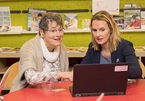 Hulp bij internet- en bankzaken in de bieb