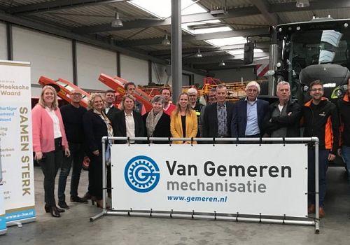 """Eerste editie van """"Ondernemerscafé Hoeksche Waard on toer"""" direct een succes"""